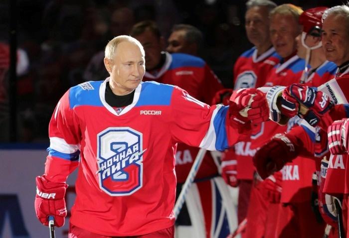 Путин қатнашган ўйинда хоккейчилар жанжаллашиб қолишди (видео)