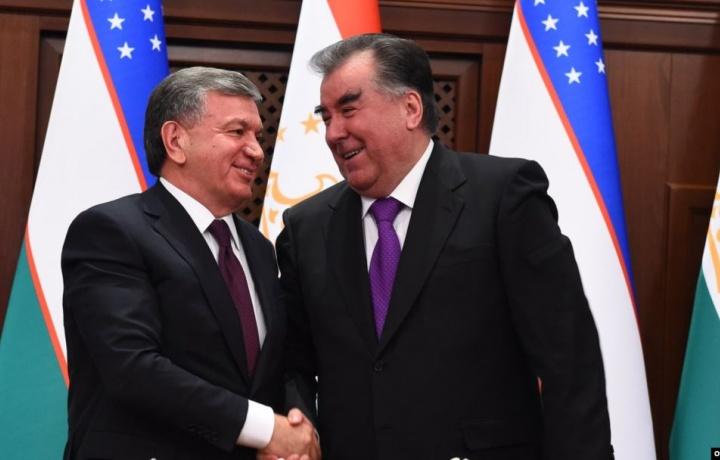 Shavkat Mirziyoyev Emomali Rahmonni tabrikladi