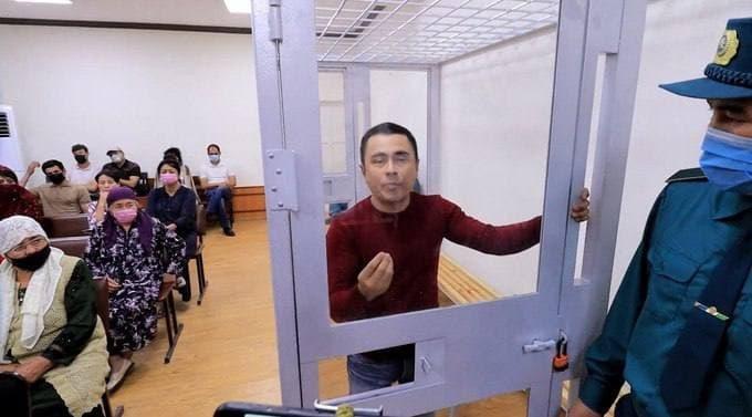 Komil Allamjonov blogerning qamalishi bilan bog'liq vaziyatga munosabat bildirdi