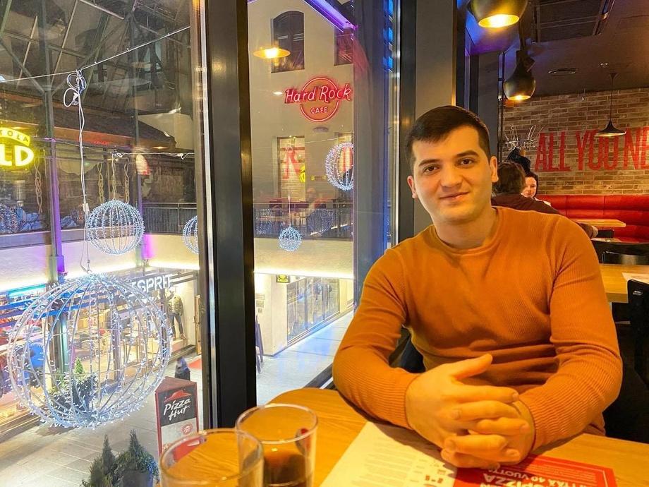 «45000 AQSh dollarlik zarar, Finlyandiya va u yerdagi hayot...» — Rahmonbek Rasulov bilan suhbat