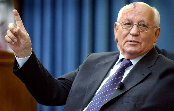 Михаил Горбачёвнинг ручкаси нега ёзмай қолган эди?