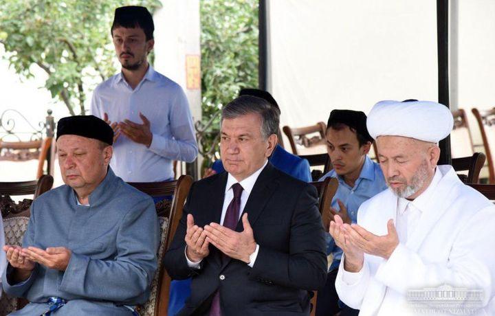 Президент марҳум Анвар қорининг хонадонига ташриф буюрди