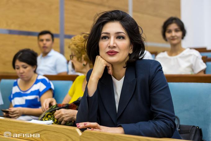 Азиза Умарова: «Наҳот, 196 туманда ҳокимликка лойиқ бирорта аёл бўлмаса?!»
