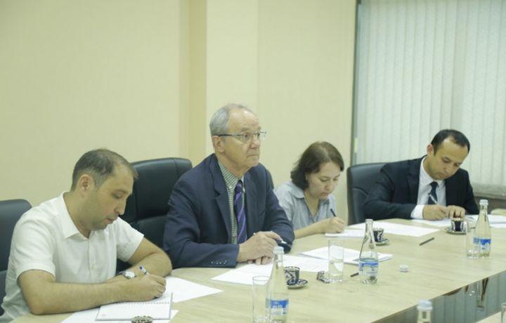 «Озодлик» радиоси бош муҳаррири Ўзбекистонга нега келганини айтди