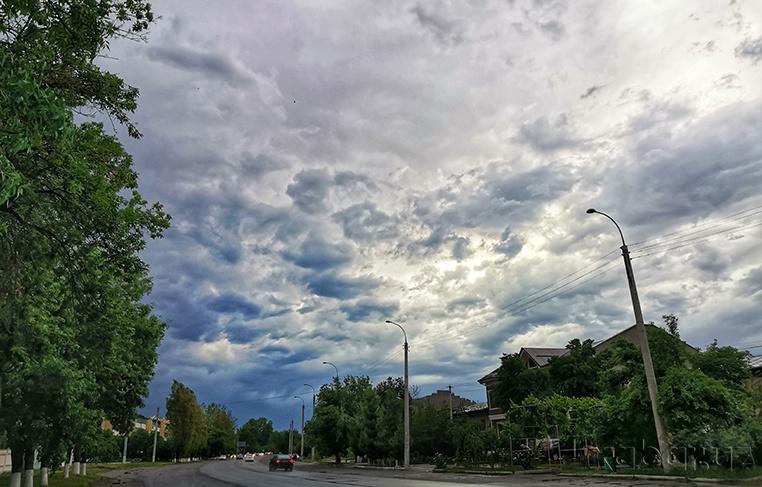 Узгидромет предупредил о дождях и усилении ветра