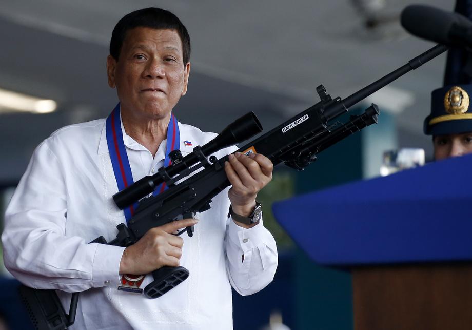 Филиппин президенти: «Бу вирусни ҳам, сизни ҳам ўлдиради»