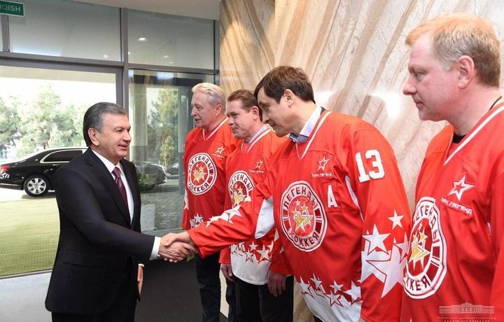 Президент топшириғи билан россиялик хоккейчиларга Тошкентдан квартира берилади
