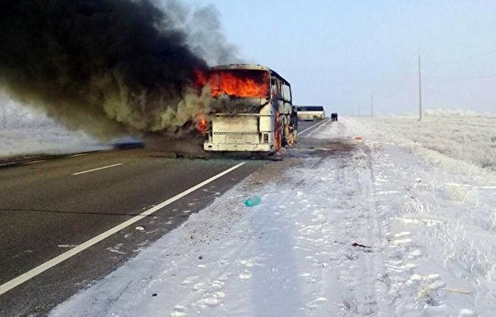Пять человек стали обвиняемым по делу о гибели 52 пассажиров автобуса в Казахстане