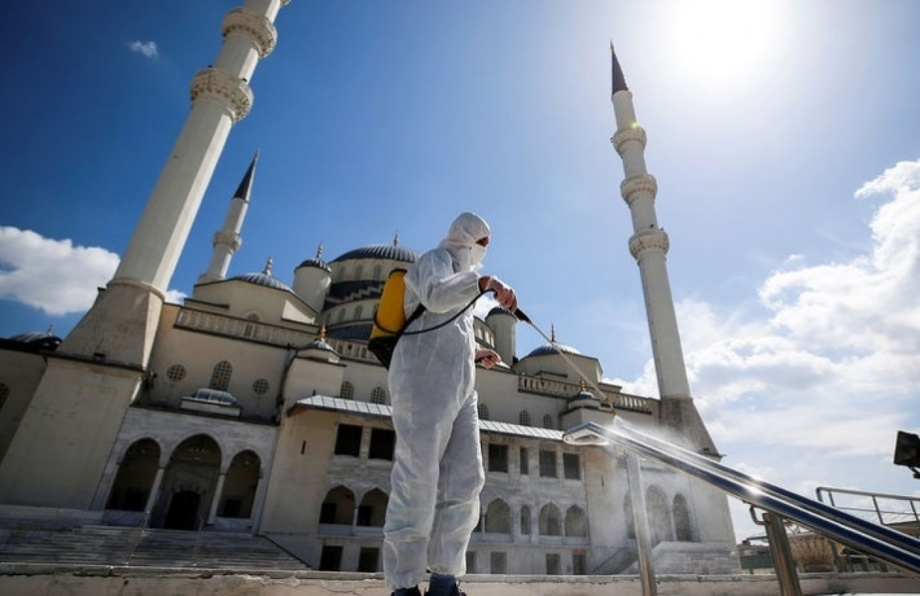 Круглосуточный комендантский час введут в Турции