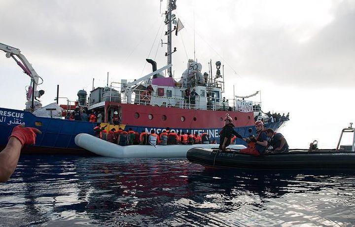 У берегов Ливии спасли 237 беженцев из африканских стран