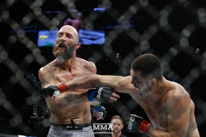 Mahmud Murodov UFCdagi dahshatli nokauti uchun qancha mukofot oldi? (video)