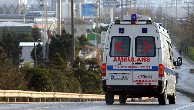 В Турции три человека погибли и 16 пострадали в ДТП с микроавтобусом