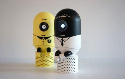 Giiro — робот-миньон, который будет следить за вашей осанкой