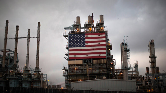 АҚШ нефть қазиб олишда жаҳон етакчисига айланмоқчи