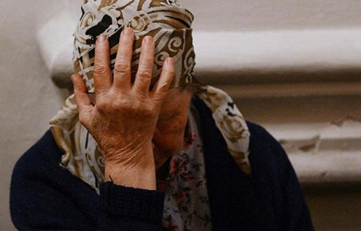В Ташкенте двое мужчин обманули 74-летнюю женщину на 50 тысяч долларов