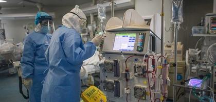 Второй пациент, скончавшийся от коронавируса, был 39-летним врачом. Он занимался самолечением