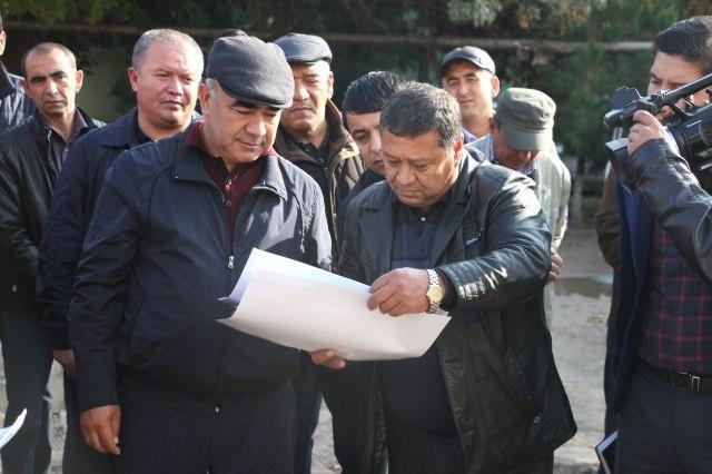 Zoir Mirzayev ikki tashkilot rahbarini ishdan bo'shatdi