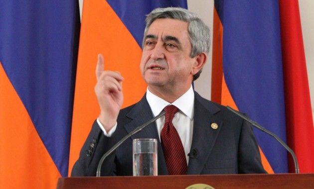 Ереван: норозиликларга қарамай Саргсян бош вазирликка кўрсатилди