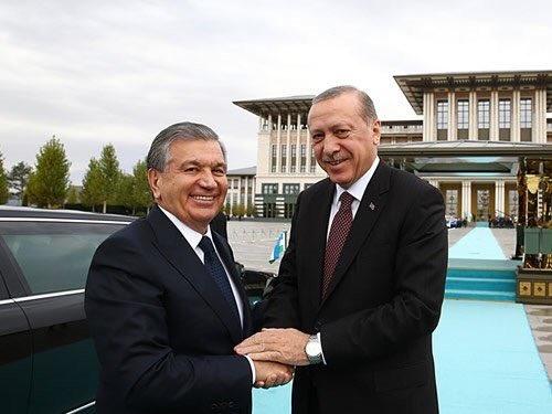 Мирзиёевга Туркия президентининг саломини етказишди