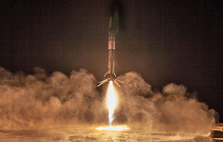 Сайт AliExpress запустил космический спутник (видео)