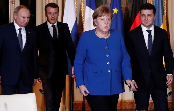 Закончить войну: к чему пришли Путин и Зеленский в Париже