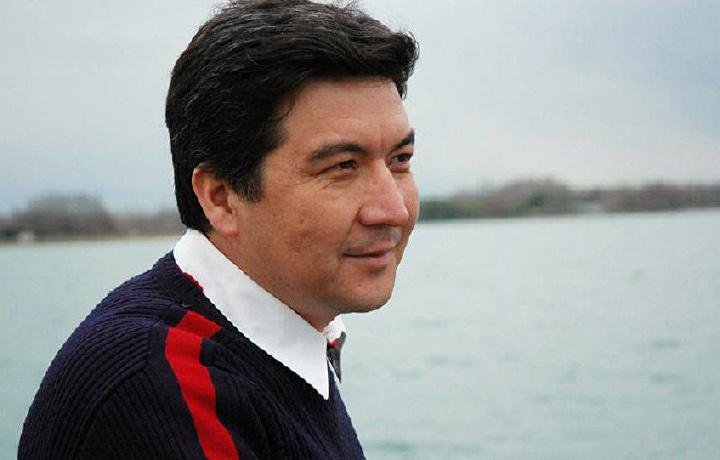Президент таклифи билан очилган ижод мактабига директор тайинланди