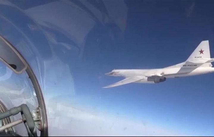 Россия отправила два бомбардировщика в Венесуэлу: появилась реакция США