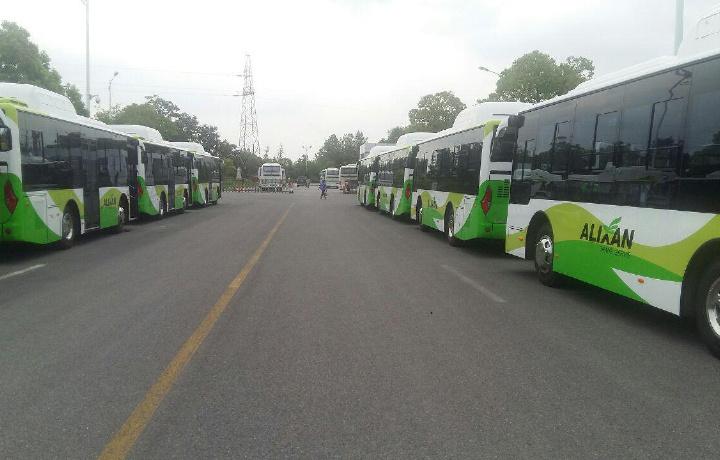 Бухорога Хитойдан 4 миллион долларлик 65 та автобус келтирилди (фото)