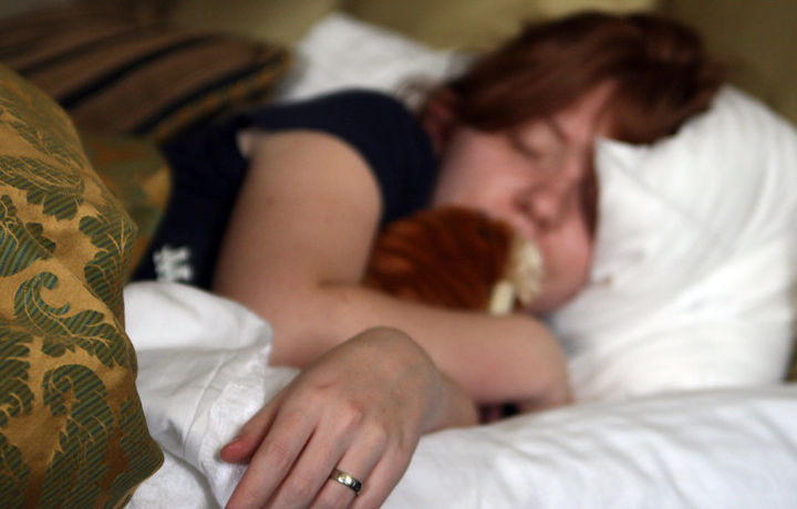 Чем грозят организму недосып и долгий сон? Ответ японских ученых
