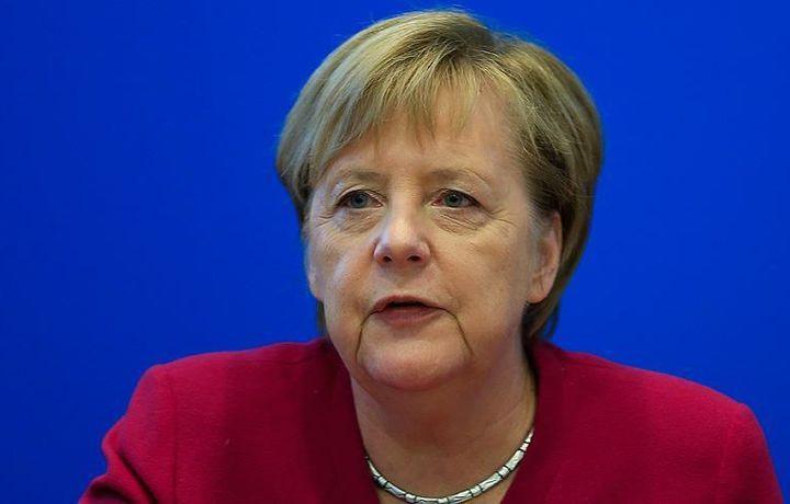 Меркель не будет выдвигаться на пост канцлера после 2021 года