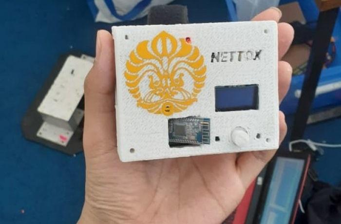 Смартфономаны начинают спасать себя от зависимости специальным девайсом Nettox