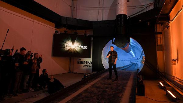 Маск Лос-Анжелесда тезкор ер ости туннелини очди (фото+видео)
