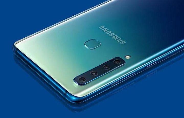 Смартфон Galaxy S10 первым в мире получит 12 ГБ оперативной памяти