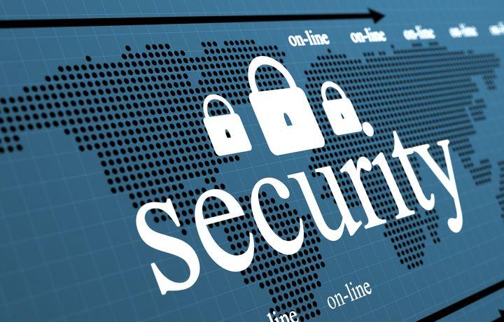 Мининфоком разъяснило зачем нужно постановление об информационной безопасности в сети интернет