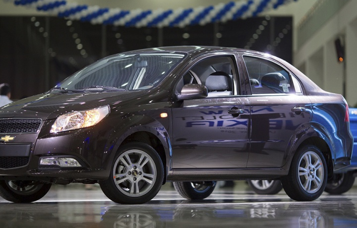 «UzAuto Motors» акциясида қанча ўқитувчи автомобиллик бўлди?