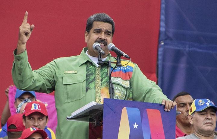Мадуро: организаторы покушения скрылись в Перу