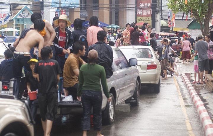 За два дня в Таиланде погибли 180 человек