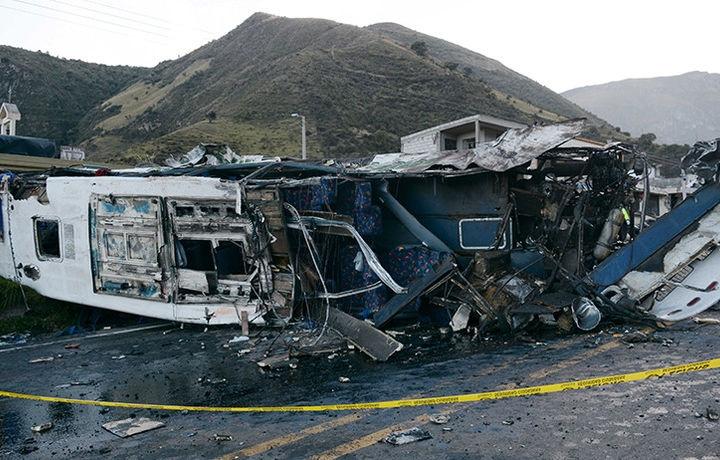 В Эквадоре более 10 человек погибли в ДТП