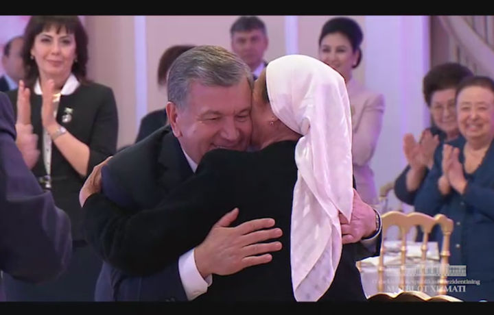 Эксклюзив видео: «Муқаддас ва мўътабар Она сиймосига таъзим қиламиз»