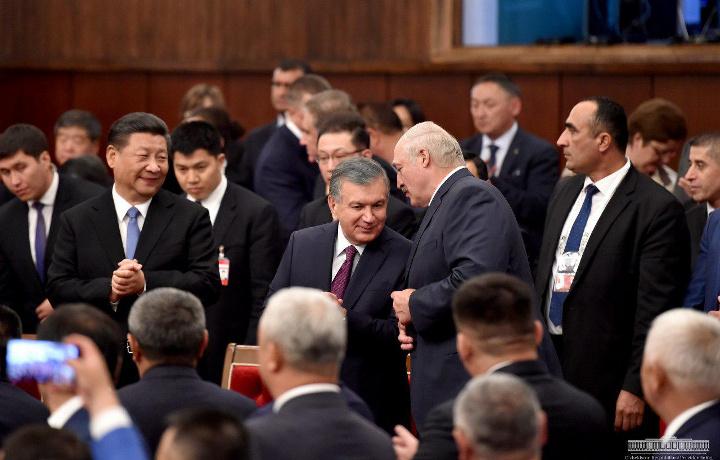 ШҲТнинг Бишкек саммити иштирокчилари учун концерт уюштирилди (фото)