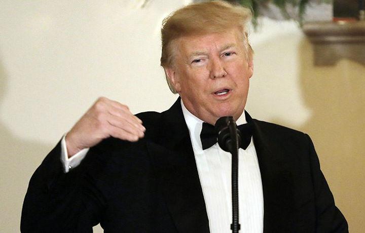 Трамп пообещал сделать стену на границе с Мексикой изящной