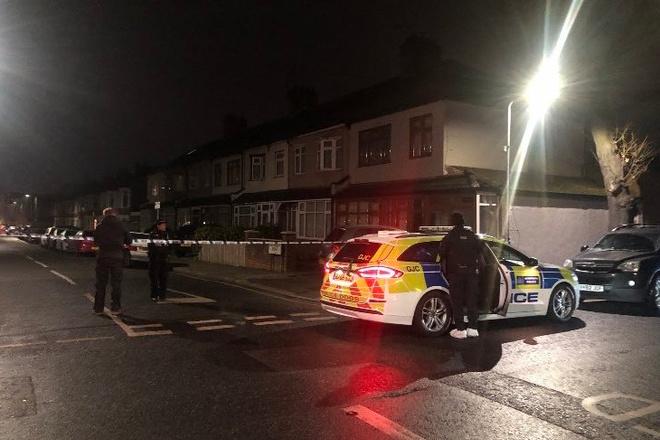 В Лондоне по подозрению в убийстве трёх мужчин задержаны два человека