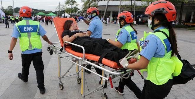 Жертвами землетрясения на Филиппинах стали восемь человек