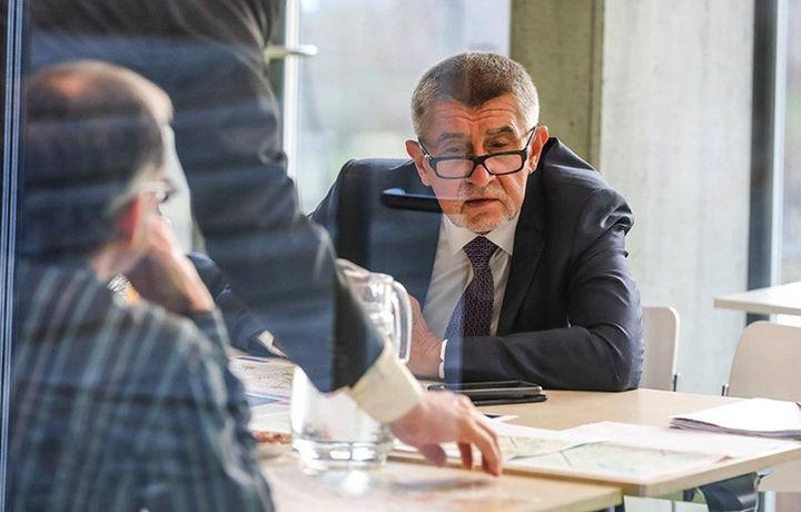 Отставки премьер-министра требуют в Чехии