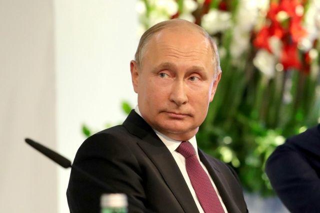 Путин билан жонли мулоқот учун 2 миллионга яқин мурожаат келиб тушди