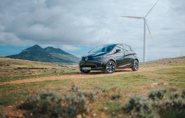 «Renault» Порту-Санту оролини эски аккумуляторлар қисмларидан ясалган энергия йиғувчи тизим билан жиҳозлайди