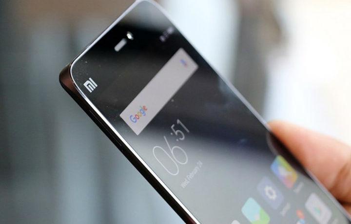 Наманганда «Xiaomi MI» сотган тадбиркор харидорнинг пулини қайтарди