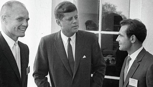 «Twitter»да Кеннеди ўлимининг 55 йиллигига бағишланган иқтибослар саҳифаси очилди