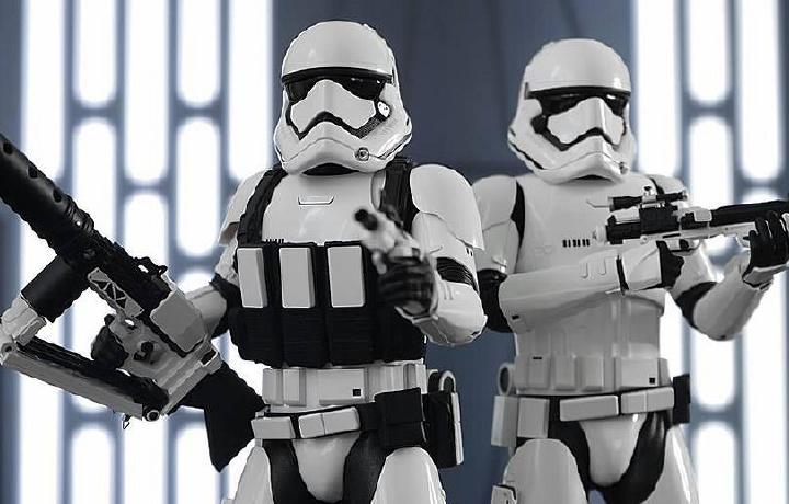 Disney снимет сериал по мотивам «Звездных войн»