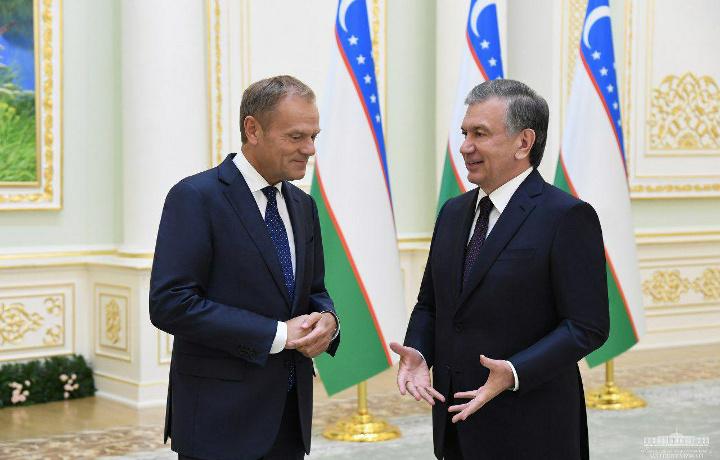 Shavkat Mirziyoyev Yevropa kengashi prezidenti Donald Tuskni qabul qildi